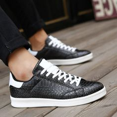 c68efd1d7d9 Emerica Style Snakeskin Fashion Skateboard Shoes For Men Size 39 to 44  Black Blue White