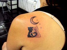 Tatuagem / Gatos / Lua / PB / Costas / Tattoo / Cats / Moon / Black and Grey / Back #studio900 #crismaia