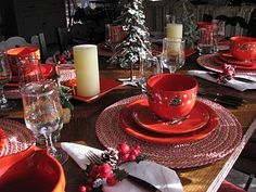 Waechtersbach Christmas tablescape