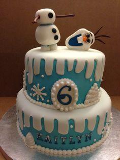 Disney Frozen Cake with Olaf