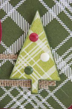De dennenboom uit stempelset Lots of Joy laat zich perfect uitsnijden met de Tree pons. Het maakt ene kaart nog feestelijker wanneer je deze erop plakt. #kerst #kerstkaart #Stampinup #DIY #ponsen #dennenboom