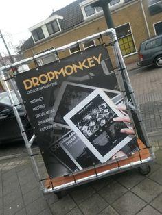 Onze eigen banners te zien door heel Rotterdam.