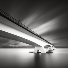 Minimal Black And White Photography By Maria Stromvik - UltraLinx