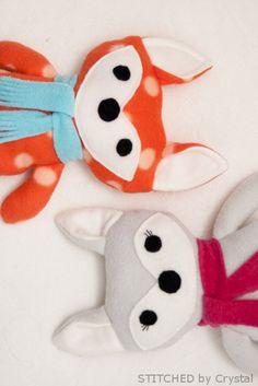 Adorable DIY stuffed fox + pattern #sewing #kids #pattern