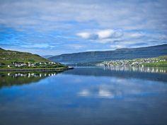 Google Image Result for http://fordsfotos.net/wp-content/uploads/2010/12/A-visit-to-Runavik-Faroe-Islands--1024x768.jpg