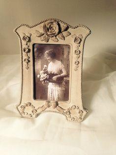 Shabby Chic Antique Ornate Photo Frame Or Home par thelittleprairie