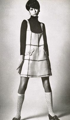 Pattie Boyd in mod fashion.