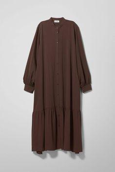Abaya Fashion, Muslim Fashion, Modest Fashion, Fashion Dresses, Fashion Wear, Maxi Dresses, Casual Hijab Outfit, Casual Outfits, Ootd Hijab