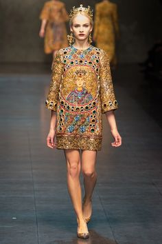 Dolce & Gabbana The Dolce & Gabbana collection exuded Italian heritage by way of mosaics and murals all encrusted with gems and jewels in the richest of colours. And the crowns to match - fit for a queen.