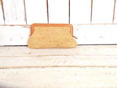 Vintage tan brown straw clutch purse/woven rattan bag/woven raffia handbag/straw pouch by GreenCanyonTradingCo on Etsy