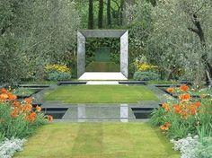 amenagement paysager moderne avec sculpture géométrique