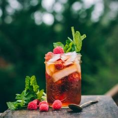 You'll want this all-natural two ingredient Raspberry Iced Tea in your arsenal as the days get warmer and for when surprise guests come your. Raspberry Iced Tea, Raspberry Syrup, Numi Organic Tea, Coconut Jelly, Lavender Lemonade, Breakfast Tea, Change Is Good, Food Waste, Food Photography