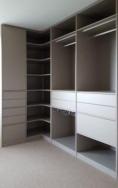 Wardrobe Design Bedroom, Master Bedroom Closet, Bedroom Furniture Design, Bedroom Wardrobe, Corner Wardrobe Closet, Closet Renovation, Closet Remodel, Wardrobe Door Designs, Closet Designs