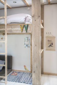 Slaapkamer decoraties! Geeft de kamer wat extra sfeer. #decoratie #interieur #glamping #stoerbuiten