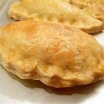 Forfar Bridies - A bridie is a savoury pie similar to a pasty, but is softer and… Welsh Recipes, Scottish Recipes, Pie Recipes, Cooking Recipes, Scottish Meat Pie Recipe, German Recipes, Pastry Recipes, Turkish Recipes, Recipies