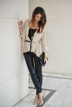 Great outfit for shopping or drinks with friends on a saturday afternoon