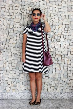 Look da Camis | Camila Gomes | Sim, Senhorita | Vestido Renner, Bolsa Adô, Óculos Ray Ban, Sapatilha Shoestock