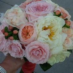 #BridalBouquet by #LiiliesWhite #julietGardenRoses #Peonies #SprayRoses #hypericumBerries