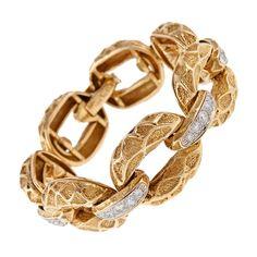 Gold Link Bracelet, Diamond Bracelets, Gold Bangles, Link Bracelets, Gold Jewelry, Jewelry Bracelets, Diamond Jewelry, Jewellery, Metal Jewelry