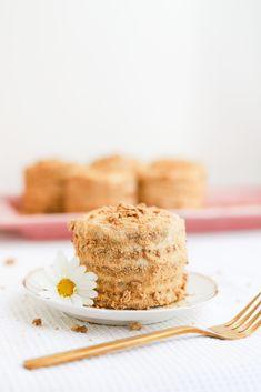 Vegan Desserts, Vanilla Cake, Cereal, Breakfast, Food, Chip Cookies, Healthy Vegan Recipes, Food Processor, Mini Pastries
