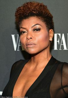You glow girl! The Hidden Figures let her breathtaking face take centerstage, teaming short, natural tresses with well-groomed eyebrows, fluttering lashes and a nude pout Andre Royo, Gorgeous Women, Beautiful Females, Flutter Lashes, Evan Ross, Romantic Curls, Taraji P Henson, Queen Latifah, People Of Interest