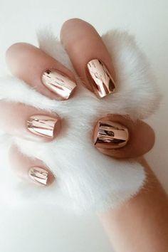 23 Beautiful Nail Art Designs for Coffin Nails - Resouri Gold Nail Art, Metallic Nails, Glitter Nail Art, Chrome Rose Gold Nails, Rose Gold Nail Design, Spring Nail Colors, Spring Nails, Pastel Colors, Maquillage Or Rose