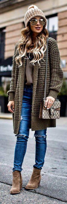 Fashion Bloggers 2017 | Street Fashion