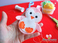 Video: Sewing a Felt Penguin in 2 minutes – Timelapse | The Inspiration Party By @Maria Palito #Handmade #Crafts