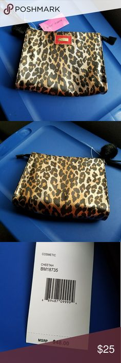 Betsey Johnson cosmetic bag Betsey Johnson cheetah cosmetic bag 8 by 10 inches one zipper pouch inside on one side and two small pockets on the other inside side. Betsey Johnson Bags Cosmetic Bags & Cases