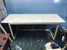 Бросаем декор, переквалифицируемся в производство мебели  Что-то прониклись мы эксклюзивными столами для проектов  #буднидекоратора