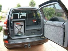 Having rear drawers mean that you can store things in an organized way that also without having it all sitting on top of each other. Overland Gear, Overland Truck, Toyota Land Cruiser Prado, Fj Cruiser, Montero 4x4, Jeep Tire Carrier, Pajero Full, Lexus Gx 460, 4x4 Accessories