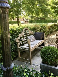 The most awesome Garden bench Seating Ideas 1500972677 Outdoor Areas, Outdoor Seating, Outdoor Decor, What Is A Conservatory, Garden Storage Bench, Wooden Garden Benches, Outside Living, Outdoor Living, Garden Structures