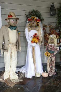 The Cambria Scarecrow Festival 2015 photo gallery of the winning Scarecrow from adults and students. The Scarecrows Wedding, Scarecrows For Garden, Fall Scarecrows, Scarecrow Festival, Halloween Scarecrow, Fall Halloween, Scarecrow Ideas, Halloween Decorations, Wedding Decorations