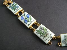 Vintage-Gold-Tone-Bracelet-Lily-of-the-Valley-Flowers-White-Porcelain-Squares