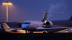 "Gefällt 85 Mal, 1 Kommentare - Bruno Lauper (@brunoboeing787) auf Instagram: ""Night Planespotting Zurich Airport 23.01.2020 WEF Traffic • Full Video OUT NOW  on YOUTUBE by…"" Videos, Jet, Aircraft, Vehicles, Youtube, Instagram, Aviation, Plane, Rolling Stock"