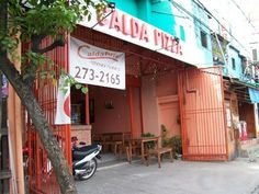 Head's up, Cebuano peeps!   CALDA PIZZA PARDO 1197 N. Bacalso Ave. Near Entrance of Bayanihan Vill., Basak Pardo, Talisay City, Cebu (032) 273-2165 & 0923-736-6115  See our branches nationwide here: ➡http://www.caldapizza.com.ph/branches/ #CaldaPizza #pizzadelivery