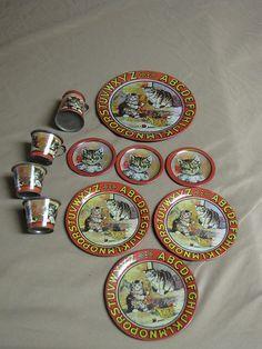 """Victorian Dolls Tin Tea Set... """"ABC Kitten Stories""""."""