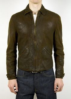 It's been far too long since I've posted a proper leather jacket. SO, to remedy this situation, let's take a look at the Levi's Vintage Clothing 1930s Menlo Leather Jacket: …