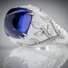 Tanzanite and diamond ring from Roberto Callegari