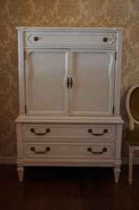 love .... would be great for my dresser!