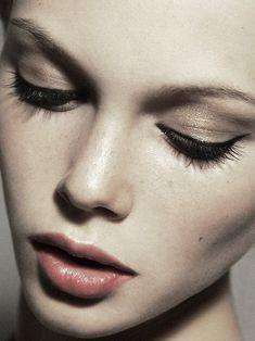 33 Examples of Everyday Natural Makeup Looks ~ Natural Makeup ~ Look 19