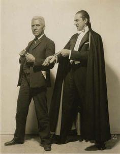 Edward van Sloan and Bela Lugosi, Dracula (1931)