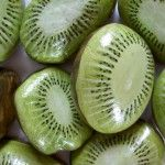 painted rocks - kiwi fruit