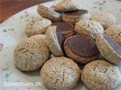 Nøddemakroner med chokolade
