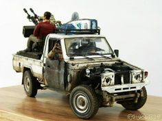 scale models pickup toyota zsu damaged