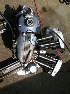 1970 harley davidson sportster ironhead engine motor Ironhead Sportster, Harley Davidson Sportster, Golf Bags, Engineering, Stuff To Buy, Technology