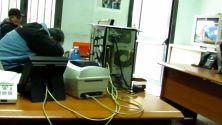Alla Protezione Civile di Napoli i dipendenti dormono in ufficio mentre la struttura è una discarica. A Roma e Monza si mantengono palazzi inutili. E gli assessori si riciclano con nuovi incarichi. Anche dopo la soppressione, gli enti continuano a macinare debiti