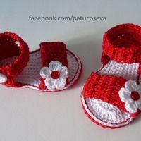 Sandalia flor-botón