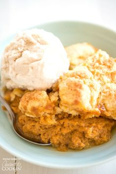 If you love pumpkin pie then this pumpkin cobbler is for you! A pumpkin spice custard base with a flaky cobbler topping is the perfect no-fuss dessert for the season. Top with ice cream or whipped cream for a special treat everyone will love! Easy Pumpkin Pie, Pumpkin Custard, Pumpkin Recipes, Fall Recipes, Pumpkin Spice, Cobbler Topping, Fruit Cobbler, Blueberry Cobbler, Best Dessert Recipes