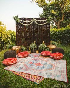 Check out the latest mandap decor trends and ideas which will be big post Small wedding decor ideas and inspiration on ShaadiWish! Small Wedding Decor, Desi Wedding Decor, Wedding Mandap, Outdoor Wedding Decorations, Backdrop Decorations, Home Wedding, Small Weddings, Peach Weddings, Diwali Decorations